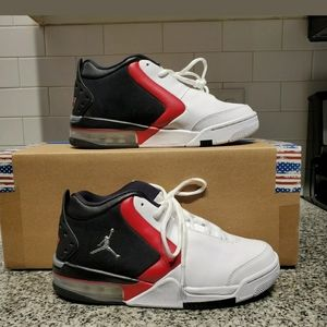 Nike Air Jordan Big Fund size 7.5 / wmns 9